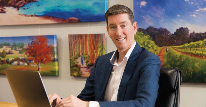 Chặng đường đến thành công đầy rẫy chông gai của một doanh nhân Úc